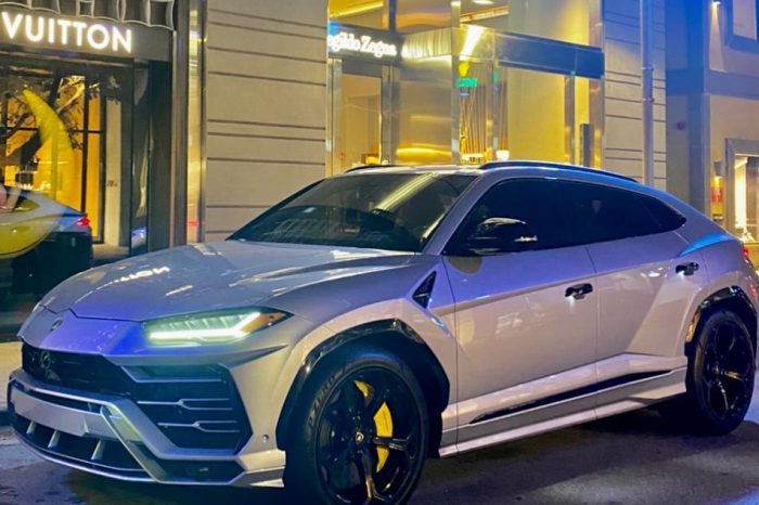 Lamborghini Urus Silver