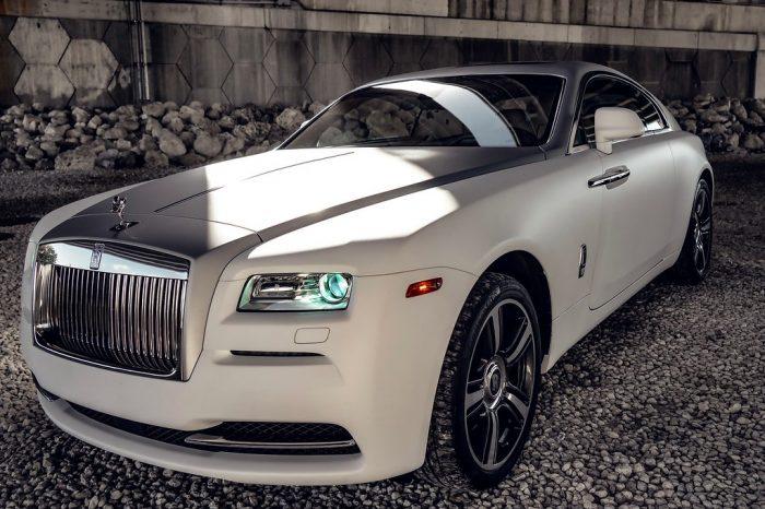 Rolls Royce Wraith White