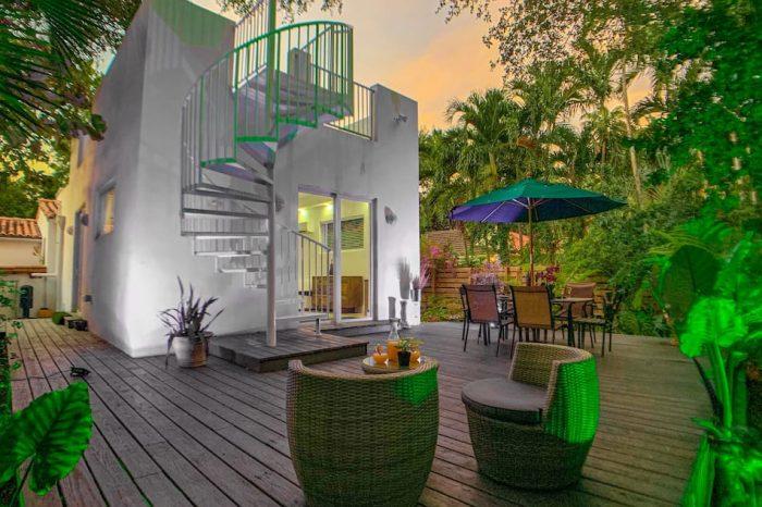 Miami Vice Tropical Villa