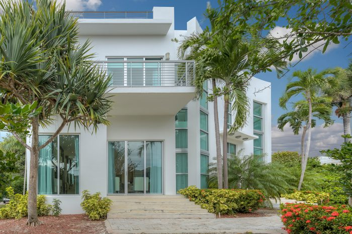 Villa Felicita – Luxury Villa Miami